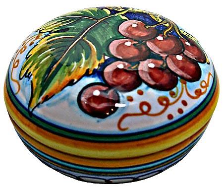 Ceramic Majolica Covered Curved Box Grapes Red 7cm