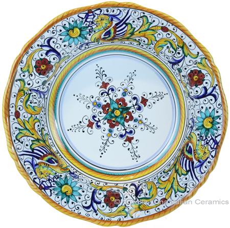 Deruta Italian Pasta Plate - Raffaellesco Scalloped with Center