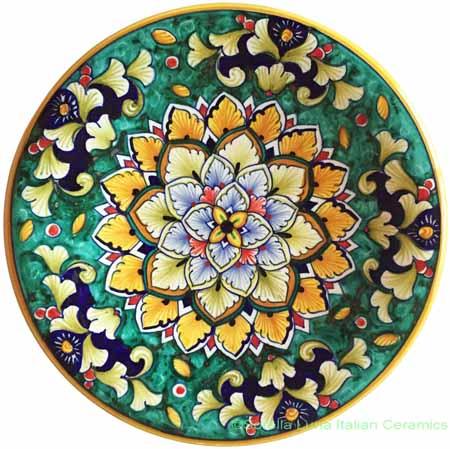 Ceramic Majolica Plate Green Flower 20cm