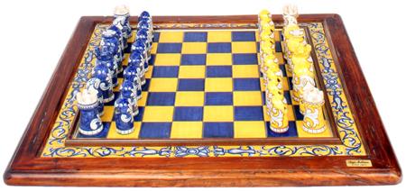 Italian ceramic majolica chess set blue yellow 58cm