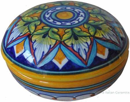 Ceramic Majolica Covered Curved Box - Vario