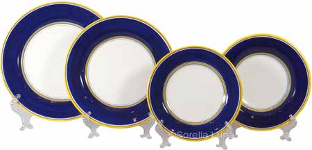 Italian Charger Place Setting - Yellow Border Blue